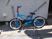 bmx bike red and blue
