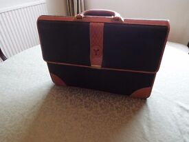 BLACK LEATHER VIENTI BRIEFCASE WITH TAN LEATHER TRIM