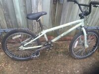 Retro GT Intercepter BMX