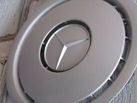 Mercedes wheel trims x 4 - Good Condition 1244010424 7226310