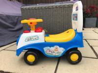 Kids ride on animal car toy