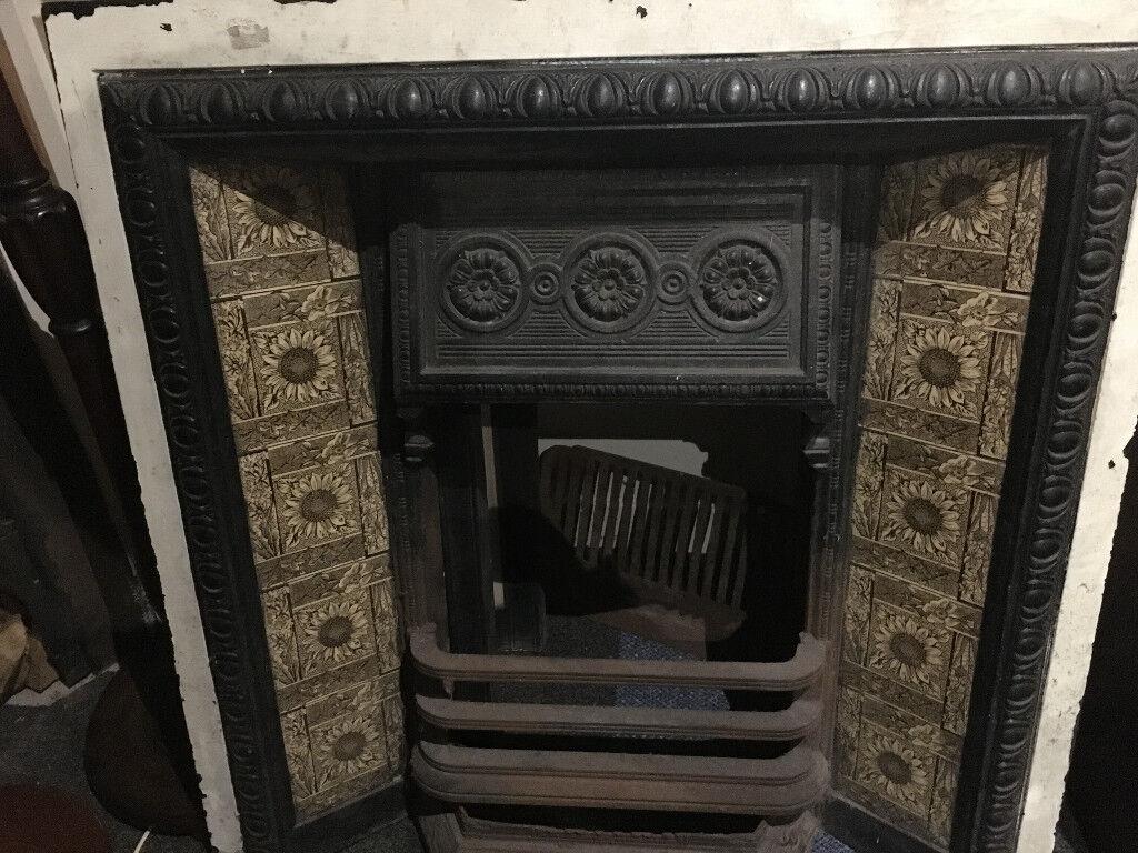 Great Original Antique Victorian Cast Iron Tiled Fireplace Insert