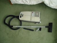 Electrolux Vacuum Cleaner 1000W with Tools in Doncaster