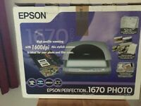 Epsom Perfection 1670 Photo scanner.