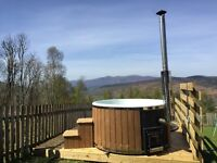 Heather Cottage (Holiday Home with Hot Tub in the Highlands)