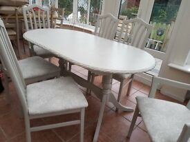 Table and 6 chairs *reduced*