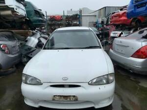 WRECKING A HYUNDAI EXCEL 1998 FOR PARTS