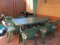 Table with 8 chairs set