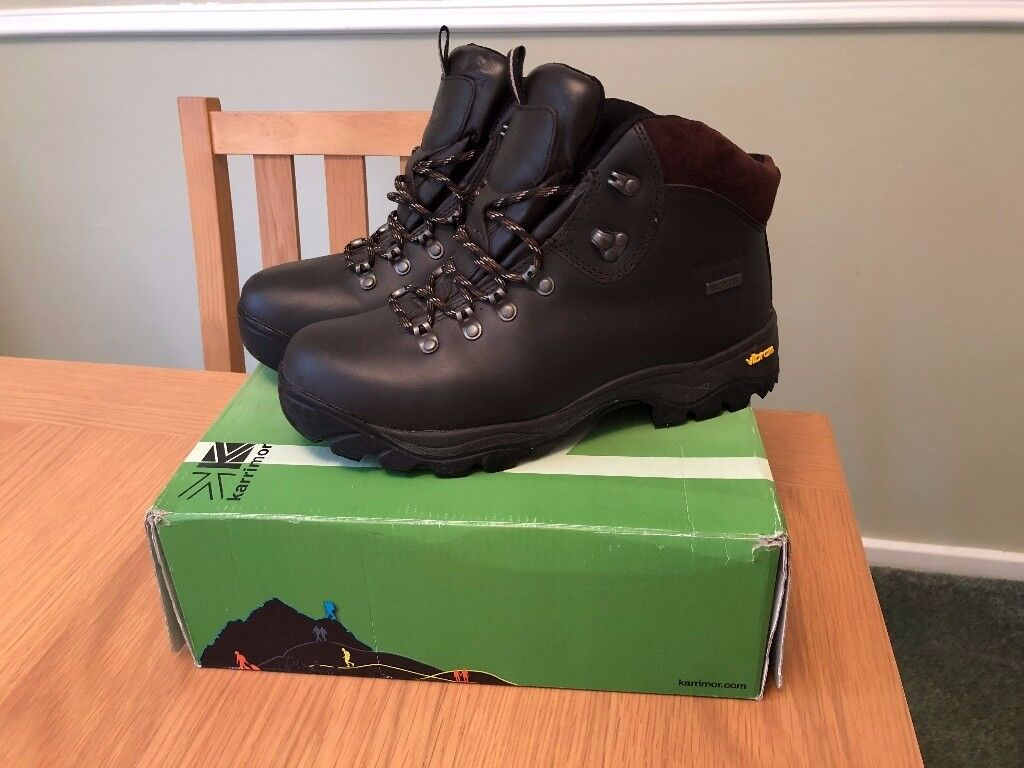 Karrimor walking boots Size 8, Vibram sole, Leather, Waterproof, Worn once!!!!