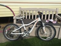 Specialized hot rock girls bike