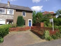 2 bedroom fully furnished lower villa to rent on Colinton Mains Road, Colinton, Edinburgh