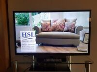 """Samsung 32"""" LCD Freeview Television"""