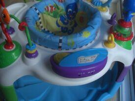 Baby Einstein Activity Saucer Center Rhythm of the Reef