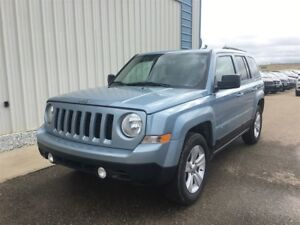 2013 Jeep Patriot NORTH 4 DR 4X4 ONLY 71676 KM !!