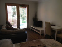 SHORT OR LONG TERM FULLY FURNISHED STUDIO INC BILLS NEAR CATHEDRAL