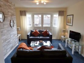 Luxury 4-bed Townhouse for Short-Term Let. FROM ONLY £105 PER NIGHT FOR THE WHOLE HOUSE. Book now!