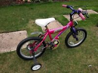 Child's bicycle with stabilisers