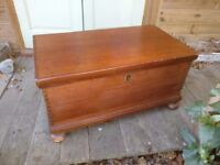 Vintage blanket box/storage chest/coffee table - good sturdy piece of furniture