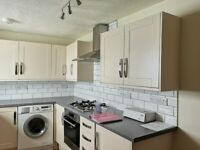 Large Airy Flat for Rental in Chudleigh