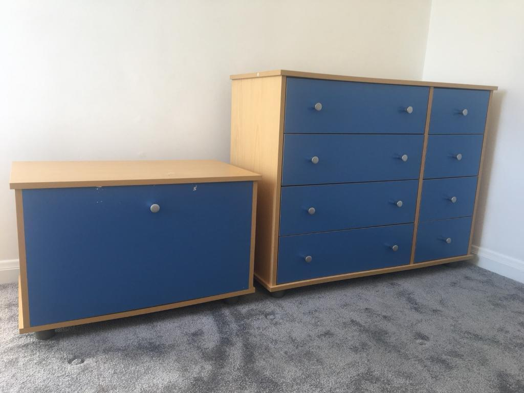 Kidspace bedroom units - Toy box and drawers
