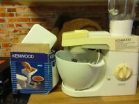 KENWOOD CHEF KM200 WITH ATTATCHMENTS LIQUIDISER AND MINCER