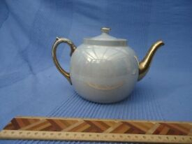 High Lustre 'vintage' blue teapot and stand with gold decoration