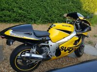 SUZUKI GSXR 600....SPORTS-BIKE..105 BHP..FUN RIDE..NICE-CONDITION