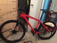 "BRAND NEW Dimondback sync01 mountain bike 18"""