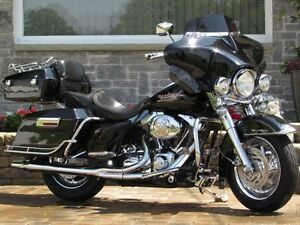 2002 harley-davidson FLHR Road King  $18,000 in Customizing and