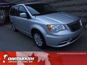 2011 Chrysler Town & Country TOURING / LEATHER / POWER SLIDING D