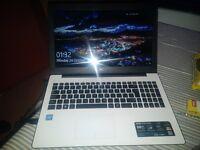 Asus X553s Laptop
