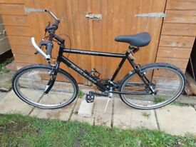Raleigh Gents Mountain Bicycle in good condition