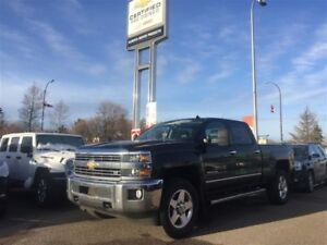 2015 Chevrolet SILVERADO 2500HD LTZ 6.6L *Navi* *Sunroof* *Loade