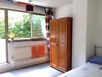 Double room in great house share in cool location near to Sydenham, Forest Hill, CP, Dulwich