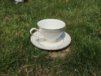 Brand new tea set with delicate design