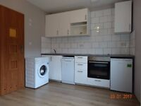 STUDIO flat in CROYDON - Newly refurbished -All bills included - Private landlord