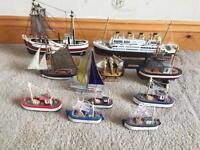 Collectible Vintage Boat Set