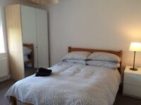 Double room to rent in a shared, refurbished house close to the city centre.