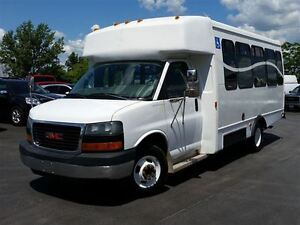 2006 GMC Savana 3500-HANDI-CAP VAN-POWER WHEEL CHAIR LIFT