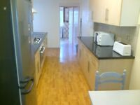 DOUBLE ROOM - ALL BILLS INCLUDED - FULLY FURNISHED - INTERNET INCLUDED