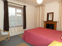 Large Double room in a superb, spacious shared house. Idylic village location, close to Cambridge.