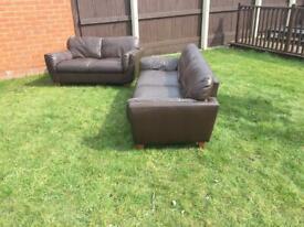 Stunning 2x2 chocolate brown sofas