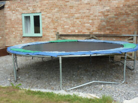 Trampoline 14' Jumpking with safety net