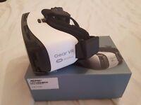 Samsung Gear VR Headset - Frost White