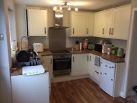 double room to rent to female housemate in West bridgford
