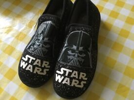 Star Wars slippers brand new and tagged size 5
