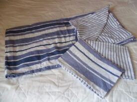 Double bed duvet set, blue and white stripped