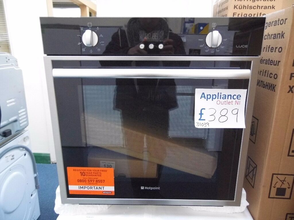 NEW GRADED HOTPOINT LUCE INTEGRATED SINGLE OVEN REF: 31039 | in ...
