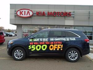 2016 Kia Sorento LX AWD only $156* Bi-Weekly!