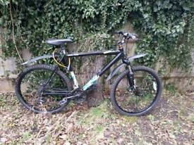 Diamond black mountain bike 22in